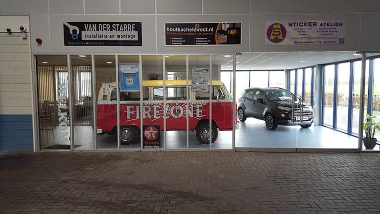 Volkswagen busje van Firezone